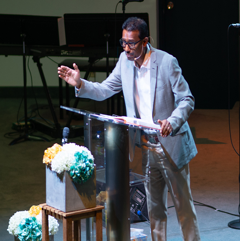 <b>Rev. Sam Vijayasenan</b>